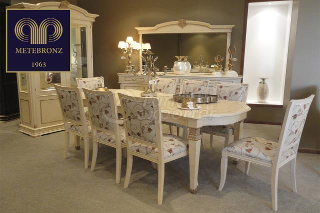 TAGADDI DINING COLLECTION